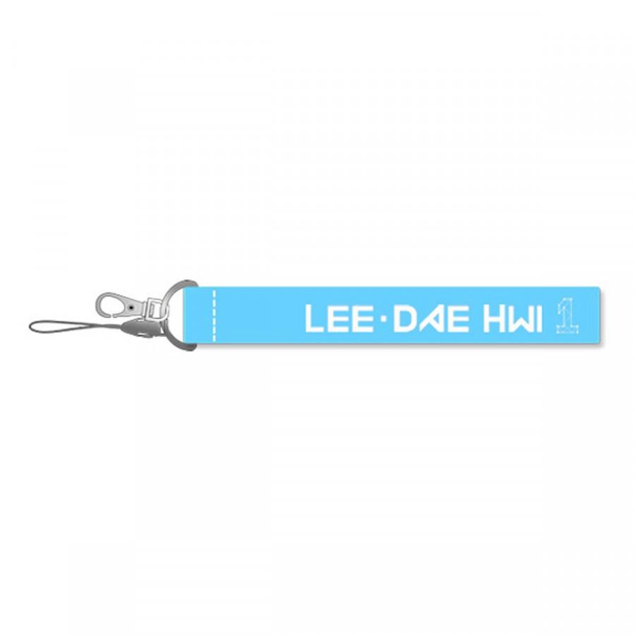 Móc khóa Lee Dae Hwi của nhóm Wanna One nametag Wanna One (xanh) - 1735975 , 2733246179985 , 62_13852933 , 60000 , Moc-khoa-Lee-Dae-Hwi-cua-nhom-Wanna-One-nametag-Wanna-One-xanh-62_13852933 , tiki.vn , Móc khóa Lee Dae Hwi của nhóm Wanna One nametag Wanna One (xanh)