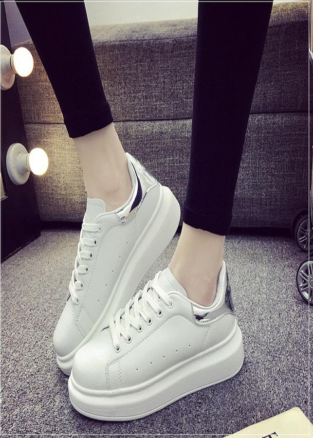 Giày Sneaker nữ thể thao siêu nhẹ độn đế gót màu TF13 - 2156507 , 6474725887385 , 62_13778705 , 1250000 , Giay-Sneaker-nu-the-thao-sieu-nhe-don-de-got-mau-TF13-62_13778705 , tiki.vn , Giày Sneaker nữ thể thao siêu nhẹ độn đế gót màu TF13