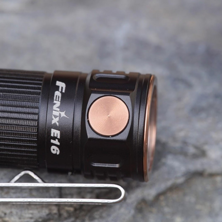 Đèn pin Fenix - E16 - 700 Lumens