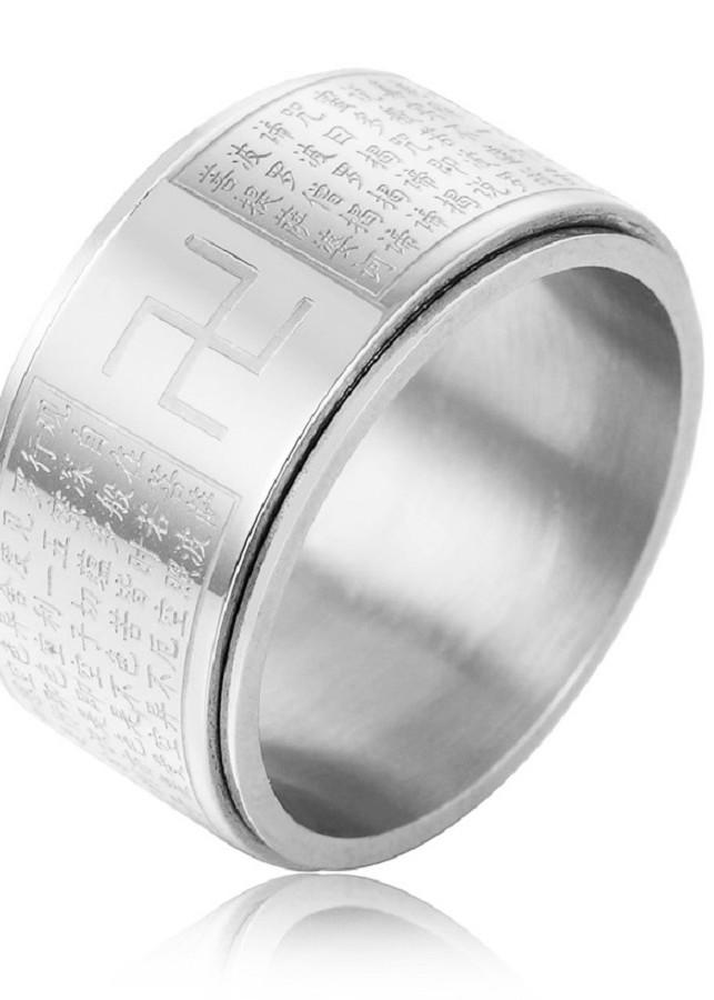 Nhẫn Bát Nhã Tâm Kinh xoay khắc chữ Vạn trắng sáng vĩnh viễn không đen