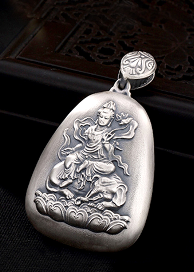 Mặt Dây Chuyền Bạc Phật Phổ Hiền Bồ Tát Dành Cho Người Tuổi Thìn và Tỵ