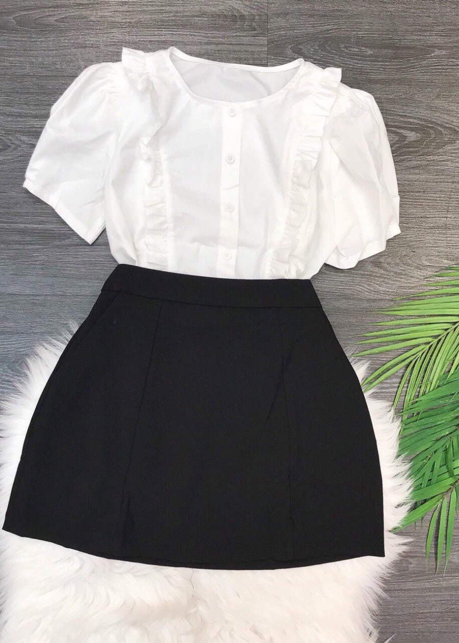 3763589537530 - Set áo trắng bèo chân váy
