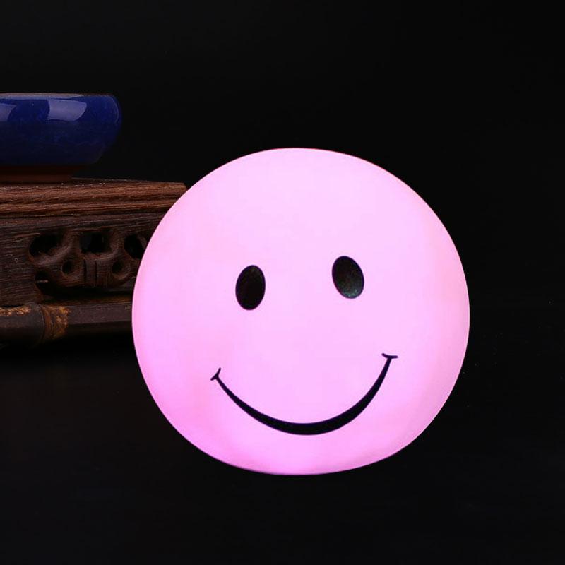 Đèn LED Trang Trí Nội Thất Hình Mặt Cười (7 màu) - 4734603 , 2259999475599 , 62_13180699 , 220000 , Den-LED-Trang-Tri-Noi-That-Hinh-Mat-Cuoi-7-mau-62_13180699 , tiki.vn , Đèn LED Trang Trí Nội Thất Hình Mặt Cười (7 màu)