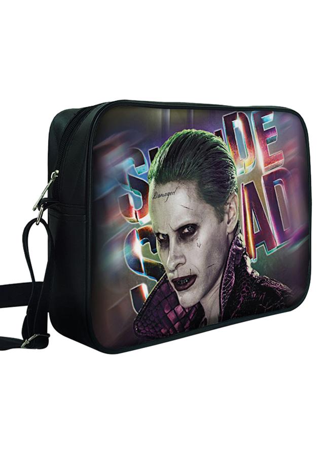 Túi Đeo Chéo Hộp Unisex In Hình Joker Cùng Nền Chữ - TCFF323