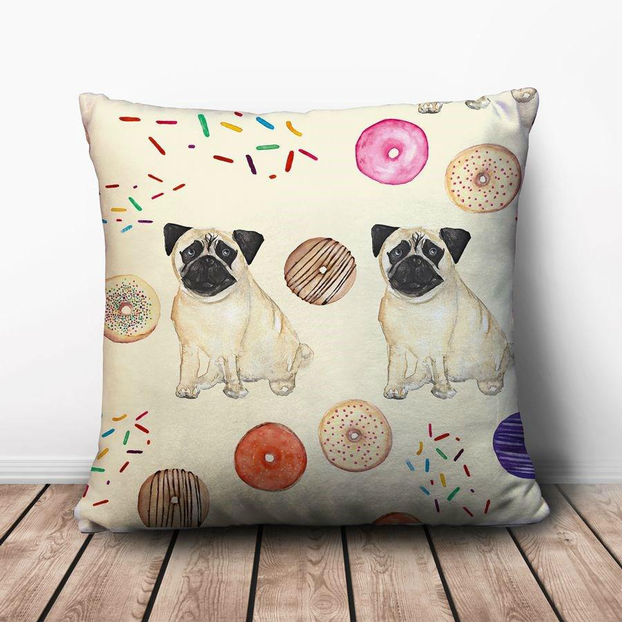 Gối Ôm Vuông Chó Pug Và Donut GVHT064 (36 x 36 cm)