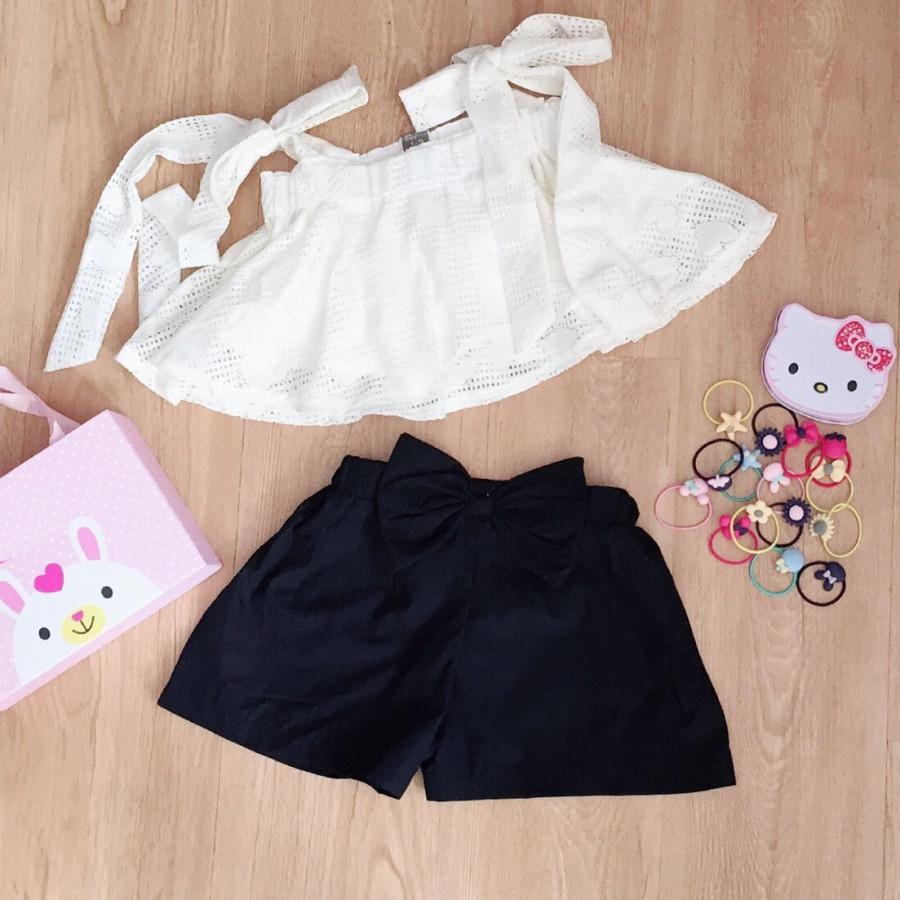 Bộ áo hai dây ren phối quần kaki nơ cực ky dễ thương cho bé diện mùa hè - 9714064 , 6462803046564 , 62_16069545 , 160000 , Bo-ao-hai-day-ren-phoi-quan-kaki-no-cuc-ky-de-thuong-cho-be-dien-mua-he-62_16069545 , tiki.vn , Bộ áo hai dây ren phối quần kaki nơ cực ky dễ thương cho bé diện mùa hè