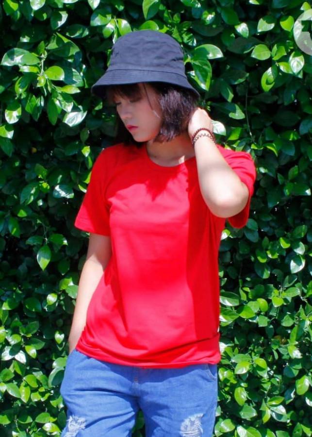 Áo thun nam nữ cổ tròn ngắn tay cao cấp - Màu đỏ - 2101370 , 4262014606029 , 62_13169727 , 210000 , Ao-thun-nam-nu-co-tron-ngan-tay-cao-cap-Mau-do-62_13169727 , tiki.vn , Áo thun nam nữ cổ tròn ngắn tay cao cấp - Màu đỏ