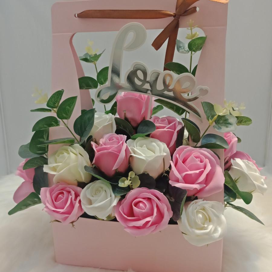 Giỏ hoa hồng sáp Hàn Quốc 27 bông - 7625826 , 5903198059148 , 62_12316530 , 550000 , Gio-hoa-hong-sap-Han-Quoc-27-bong-62_12316530 , tiki.vn , Giỏ hoa hồng sáp Hàn Quốc 27 bông