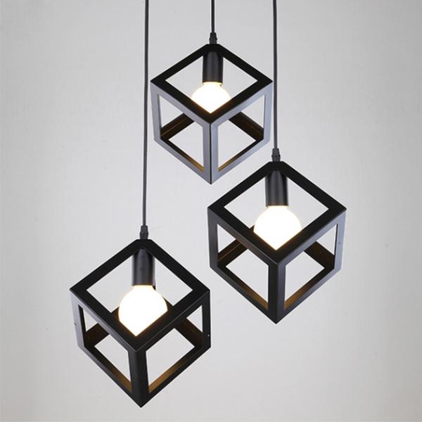Combo bộ 3 đèn thả khối vuông trang trí nội thất, trang trí cafe kèm bóng LED - 1548955 , 4042502830941 , 62_10034046 , 1000000 , Combo-bo-3-den-tha-khoi-vuong-trang-tri-noi-that-trang-tri-cafe-kem-bong-LED-62_10034046 , tiki.vn , Combo bộ 3 đèn thả khối vuông trang trí nội thất, trang trí cafe kèm bóng LED