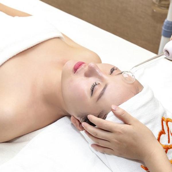 (HN) Nâng cơ trẻ hoa trắng mịn đều màu da công nghệ cao với Dermalogica tại Em Spa