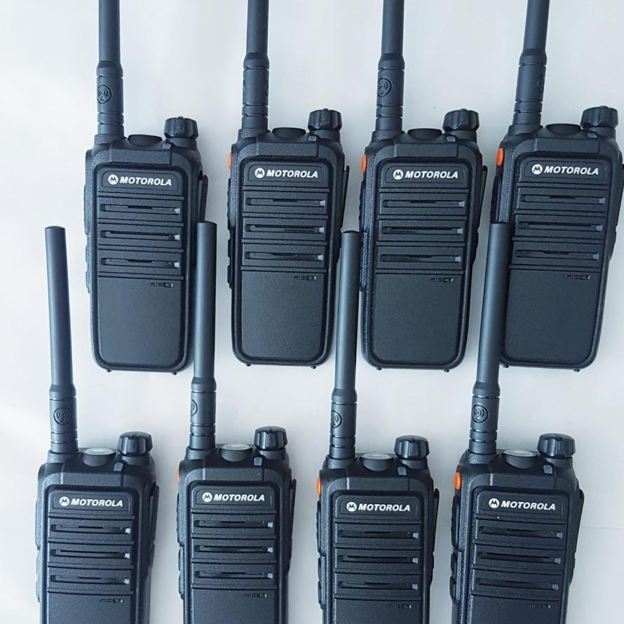 Bộ 8 máy bộ đàm Motorola CP 102 (chính hãng)