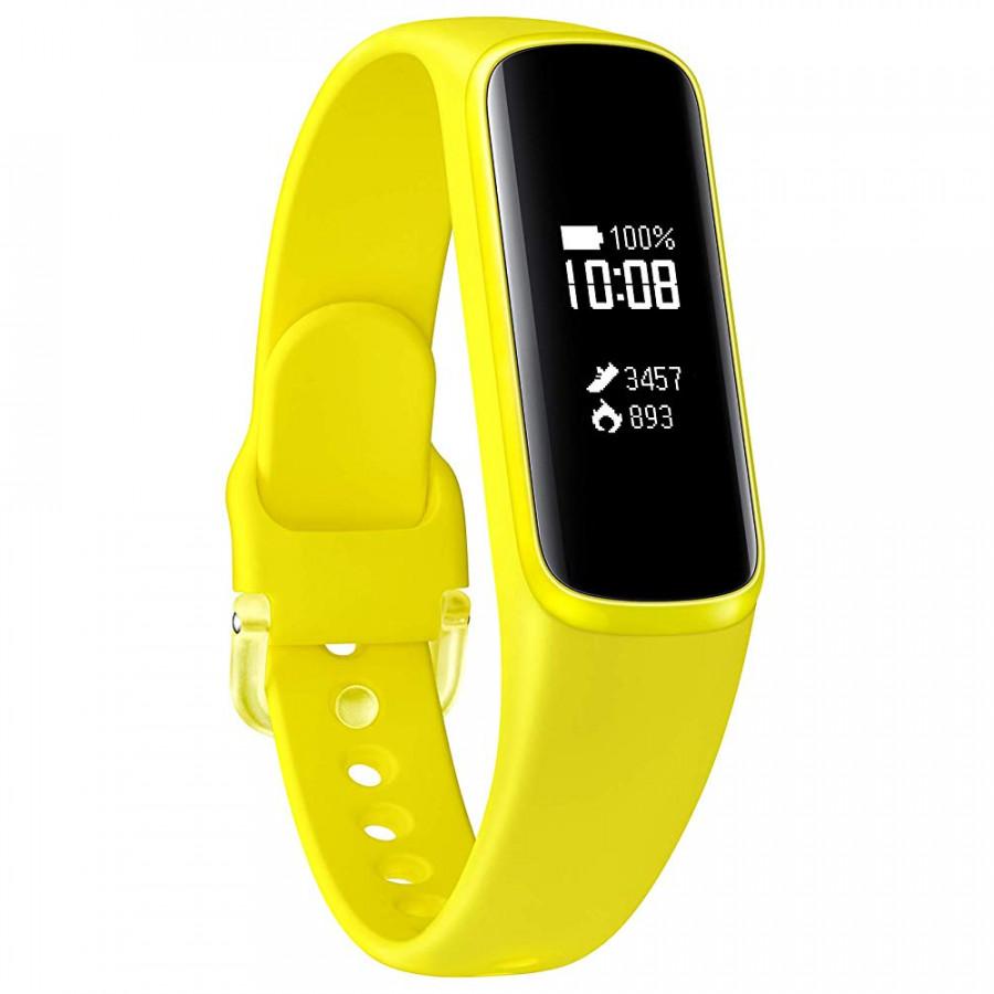 Vòng đeo tay thông minh Samsung Galaxy Fit e - Vàng (Hàng nhập khẩu) - 18492839 , 7227216281341 , 62_20141201 , 1050000 , Vong-deo-tay-thong-minh-Samsung-Galaxy-Fit-e-Vang-Hang-nhap-khau-62_20141201 , tiki.vn , Vòng đeo tay thông minh Samsung Galaxy Fit e - Vàng (Hàng nhập khẩu)