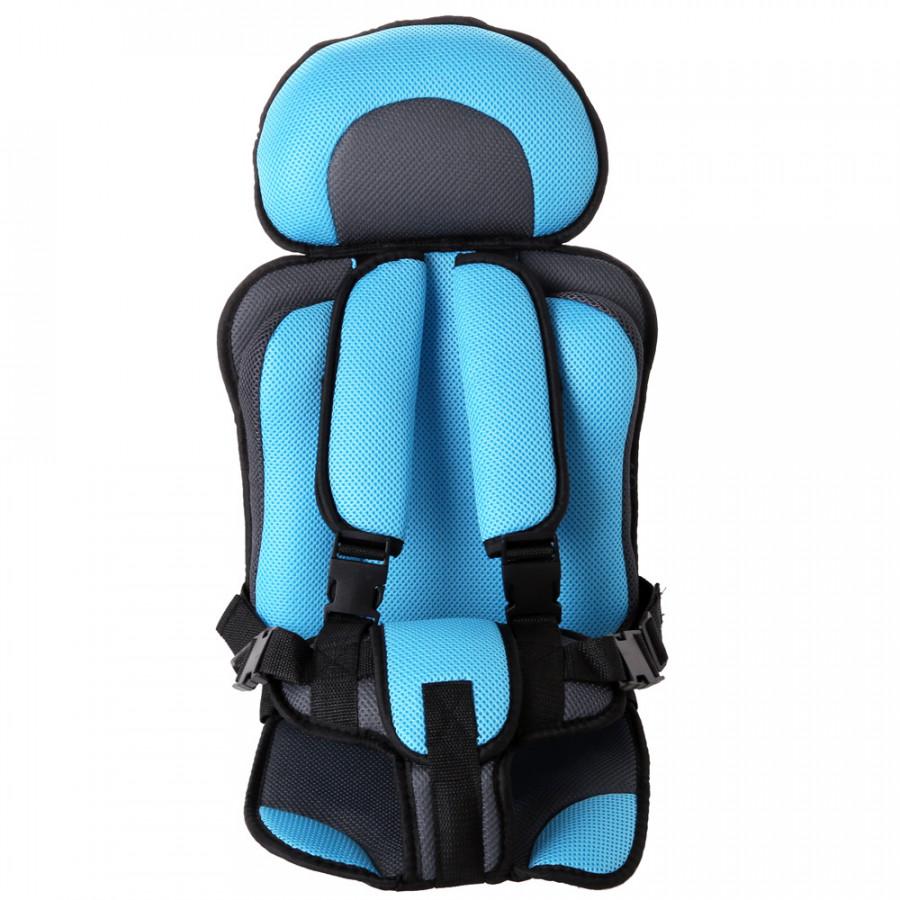 Ghế ngồi giữ bé an toàn trên xe hơi ô tô