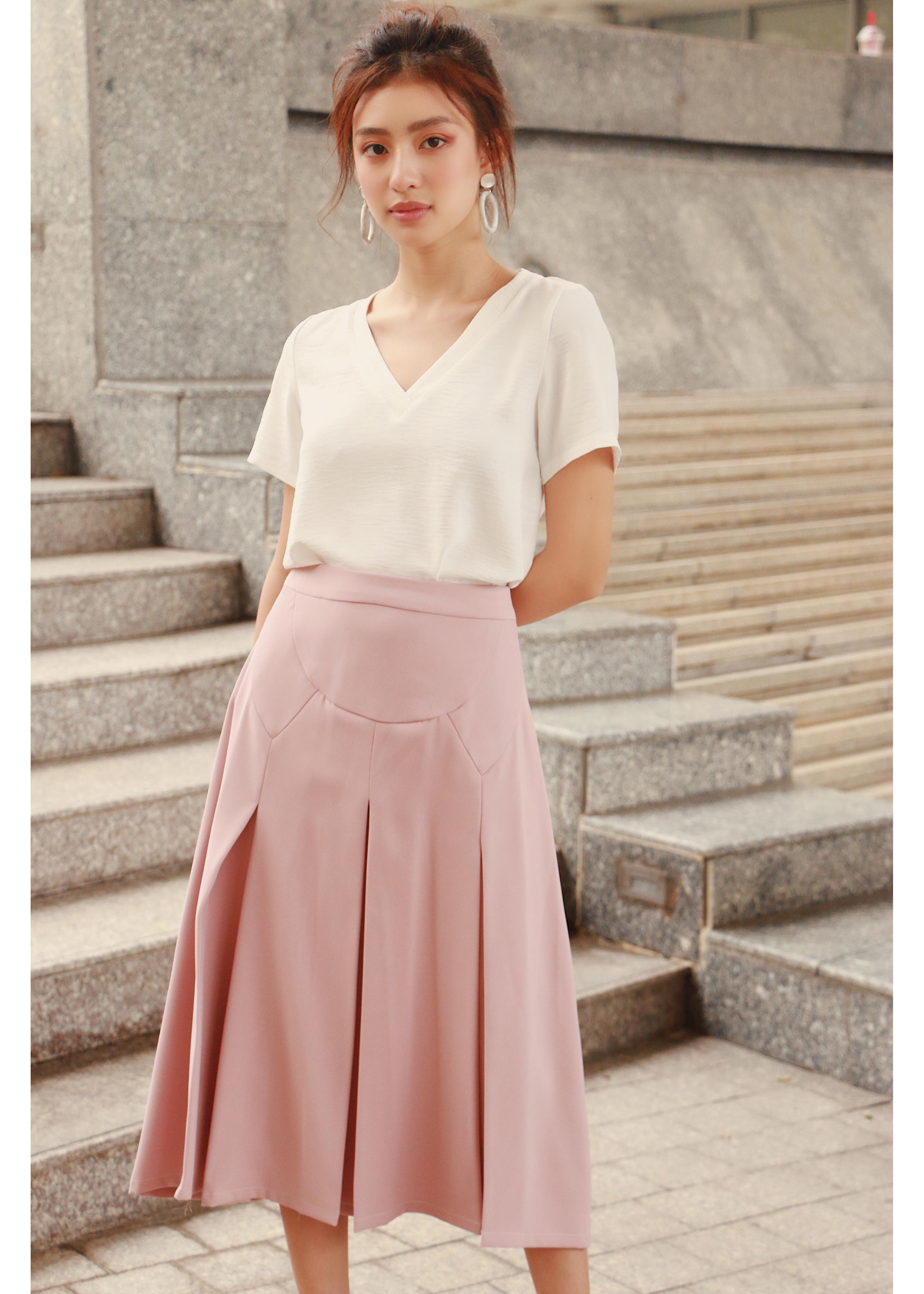 Váy xếp ly hồng EVERLUXE
