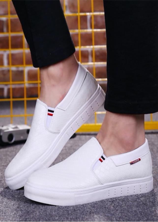 Giày slip on nam da cao cấp siêu mềm siêu nhẹ chống nhăn sọc màu trắng sọc caro - 901392 , 5163356602559 , 62_4401193 , 650000 , Giay-slip-on-nam-da-cao-cap-sieu-mem-sieu-nhe-chong-nhan-soc-mau-trang-soc-caro-62_4401193 , tiki.vn , Giày slip on nam da cao cấp siêu mềm siêu nhẹ chống nhăn sọc màu trắng sọc caro
