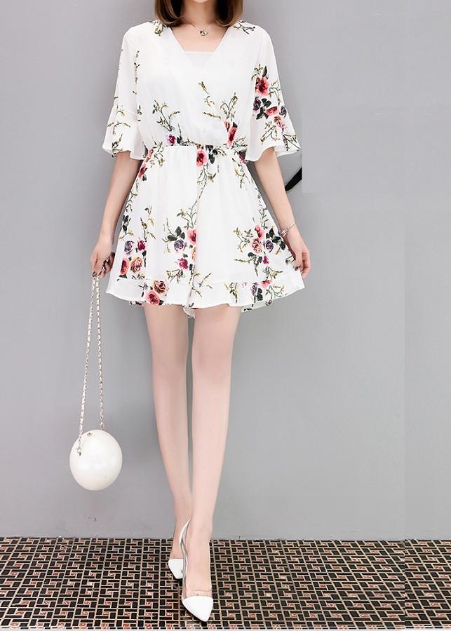 Bộ quần áo kiểu liền thân mặc dạo phố, đi chơi rất thích hợp ( JUMSUIT- ĐỦ SIZE) - 2343837 , 5253279564710 , 62_15250186 , 350000 , Bo-quan-ao-kieu-lien-than-mac-dao-pho-di-choi-rat-thich-hop-JUMSUIT-DU-SIZE-62_15250186 , tiki.vn , Bộ quần áo kiểu liền thân mặc dạo phố, đi chơi rất thích hợp ( JUMSUIT- ĐỦ SIZE)