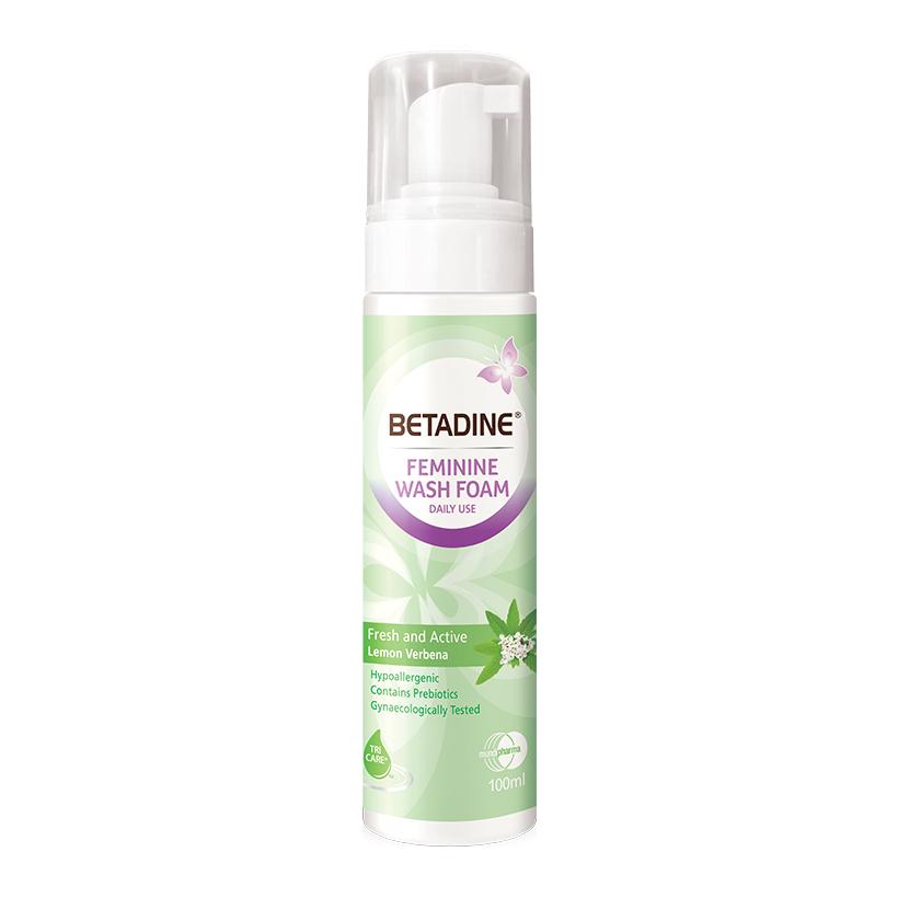 Bọt vệ sinh phụ nữ Betadine Fresh-Active Lemon - chai 100ml