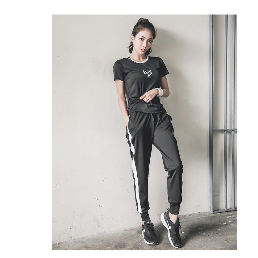 Bộ quần áo tập gym yoga nữ 2 mảnh phong cách hàn quốc qstiki 02 - 2158473 , 6664275763325 , 62_13788724 , 379000 , Bo-quan-ao-tap-gym-yoga-nu-2-manh-phong-cach-han-quoc-qstiki-02-62_13788724 , tiki.vn , Bộ quần áo tập gym yoga nữ 2 mảnh phong cách hàn quốc qstiki 02