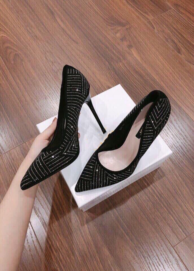 Giày cao gót ánh nhũ