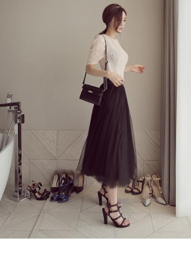 Chân váy lưới xòe dáng dài