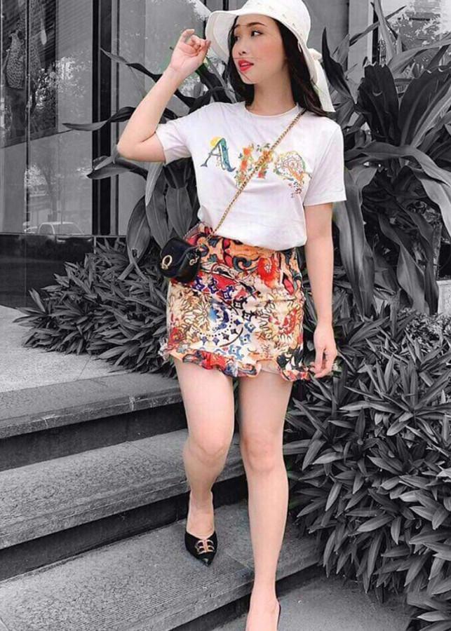 Set Áo thun họa tiết và chân váy thun - Freesize dưới 60kg