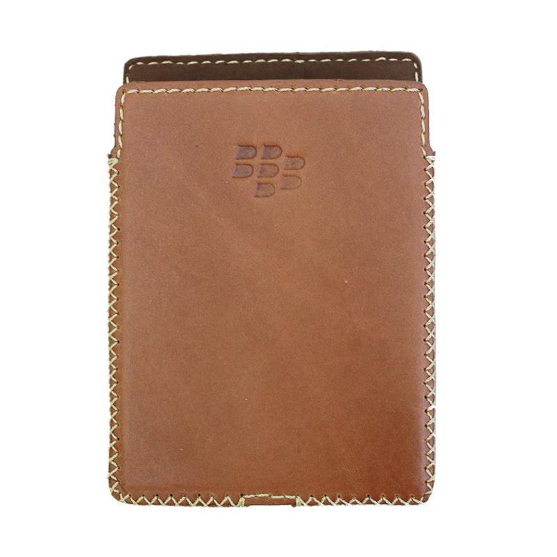 Bao Da Cho Blackberry Passport  màu vàng bò - may thủ công