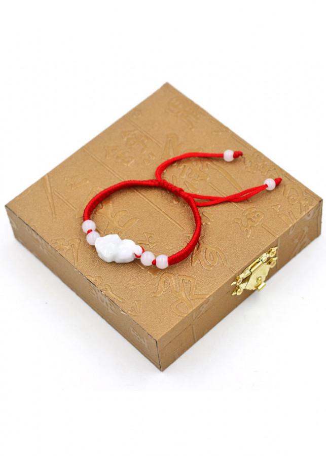 Vòng đeo tay tết dây Tỳ hưu TD1 kèm hộp gỗ - Vòng tay chỉ đỏ may mắn - 1885603 , 2242662626909 , 62_14438897 , 200000 , Vong-deo-tay-tet-day-Ty-huu-TD1-kem-hop-go-Vong-tay-chi-do-may-man-62_14438897 , tiki.vn , Vòng đeo tay tết dây Tỳ hưu TD1 kèm hộp gỗ - Vòng tay chỉ đỏ may mắn