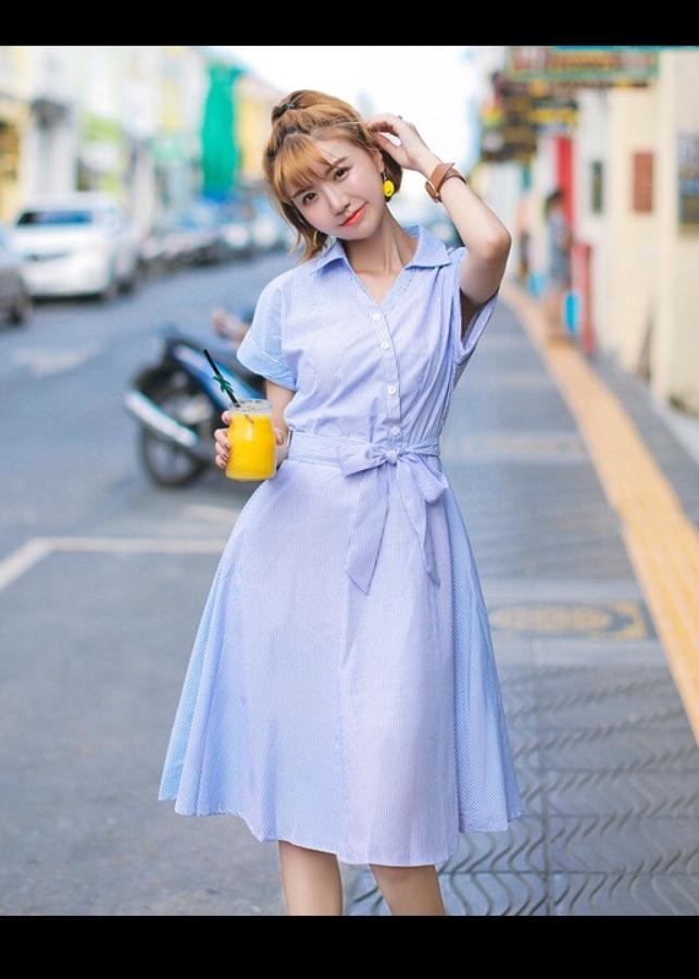 Đầm sọc xanh nút xéo