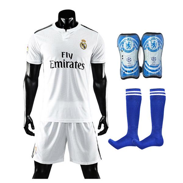 Combo Bộ Quần Áo Đá Bóng Real Madrid  + Bó ống đồng và tất đá bóng đá dài (Giao màu ngẫu nhiên)
