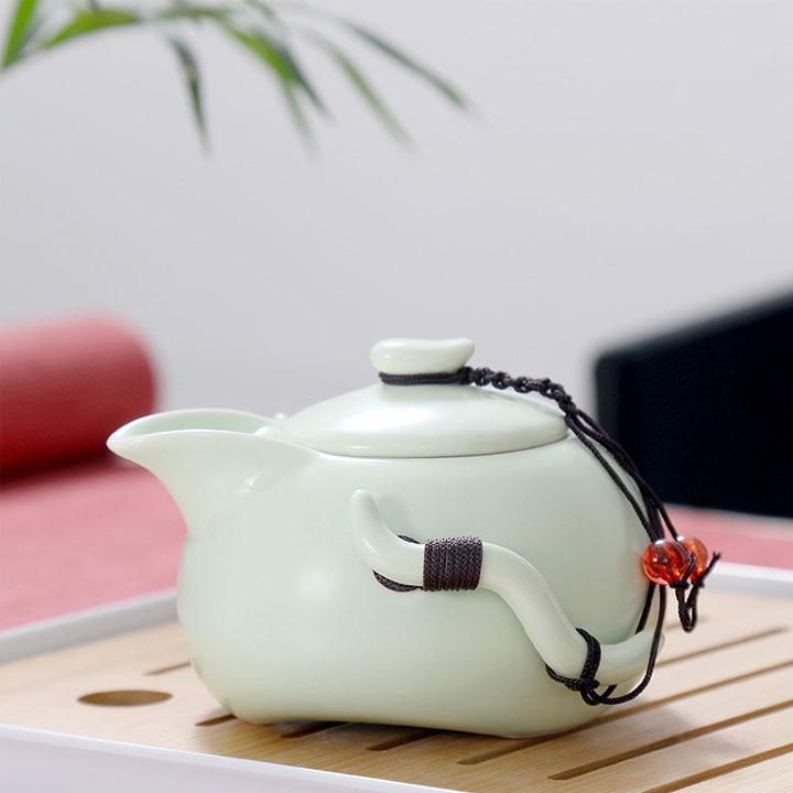 Bộ ấm chén trà đạo sứ ngọc có khay gỗ đựng phong cách Nhật Bản - XANH NGỌC