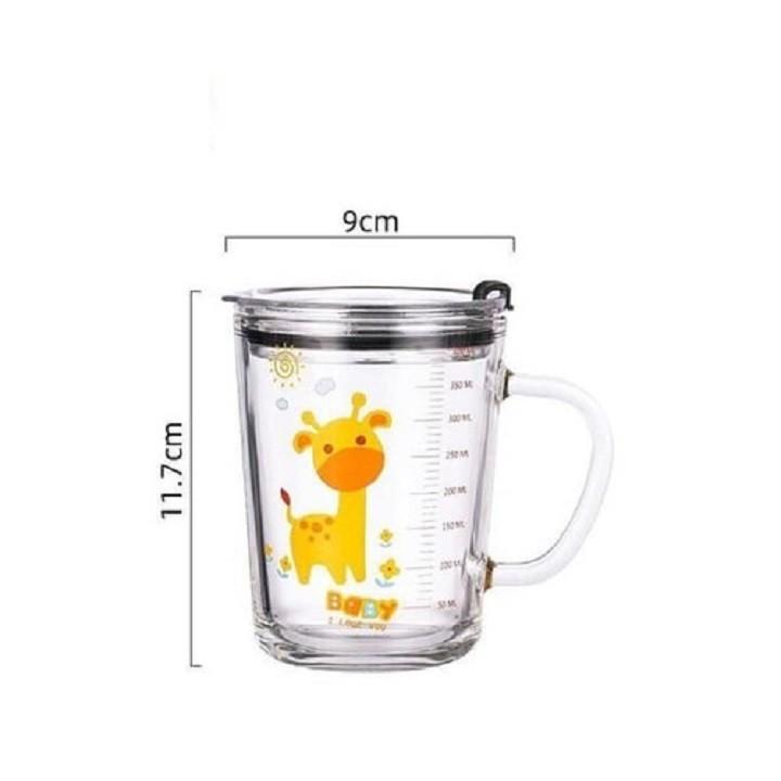 Bộ 2 Cốc thủy tinh chia vạch uống sữa cho bé cao cấp và kèm ống hút silicon nắp đậy loại 350ml (màu ngẫu nhiên)