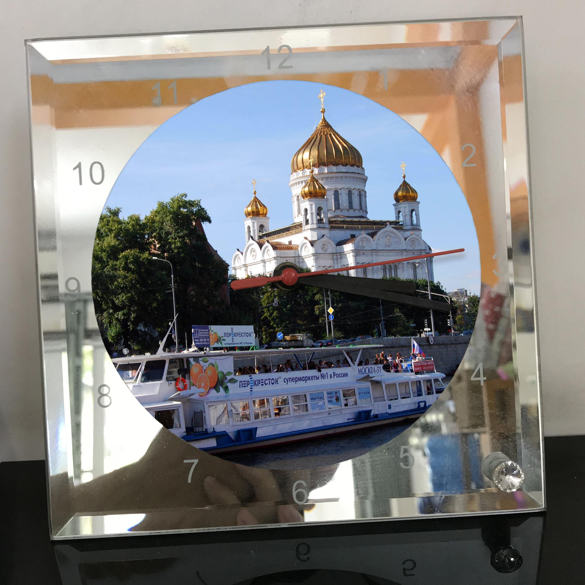 Đồng hồ thủy tinh vuông 20x20 in hình Cathedral Of Christ the saviour (2) . Đồng hồ thủy tinh để bàn trang trí đẹp chủ đề tôn giáo