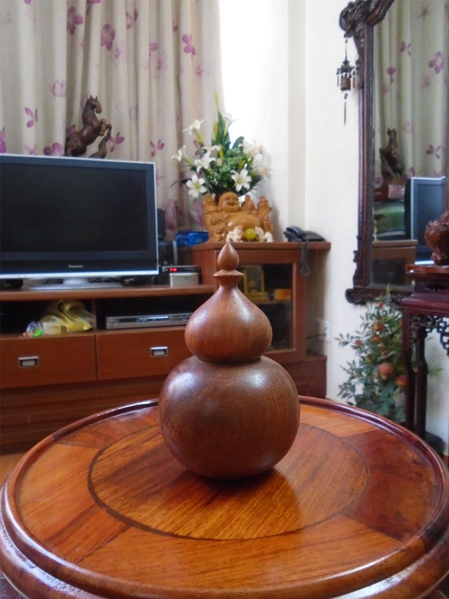 Ống tăm gỗ hương đỏ hình tiện hồ lô cao cấp THL01