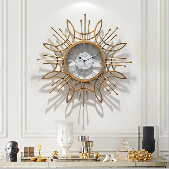 Đồng hồ treo tường kèm họa tiết trang trí đẹp - cao cấp