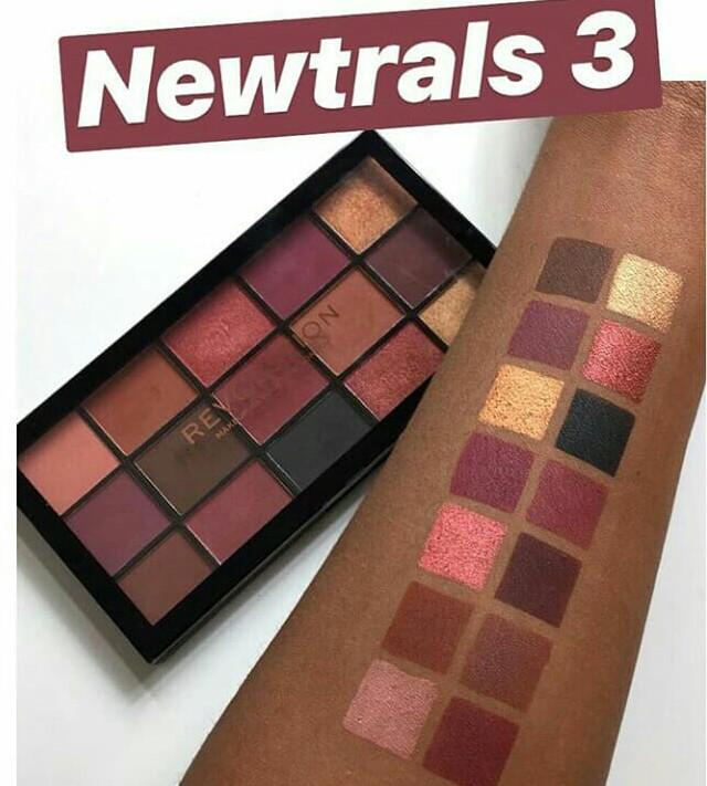 Bảng mắt Makeup Revolution Reloaded Newtrals 3 (Bill Anh)