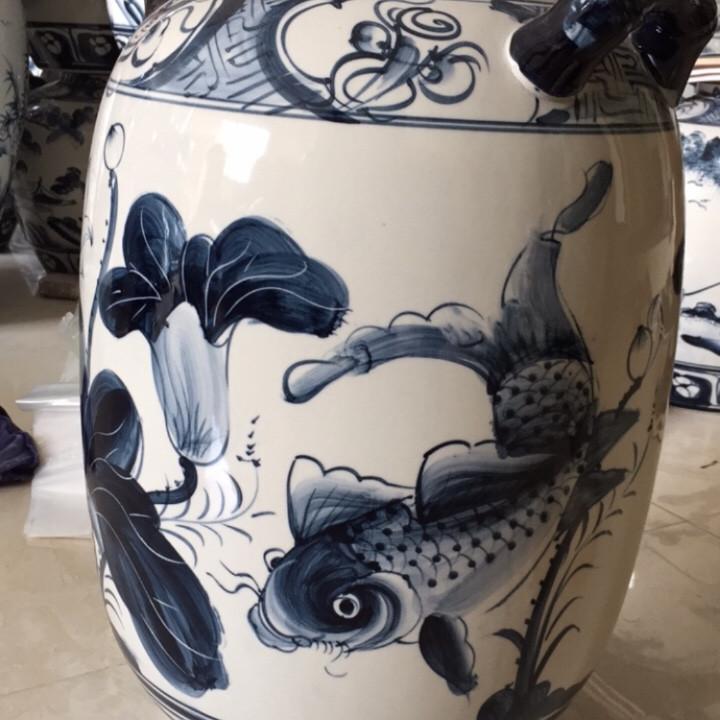 Hũ đựng gạo gốm sứ tráng men 16kg vẽ sen cá chép