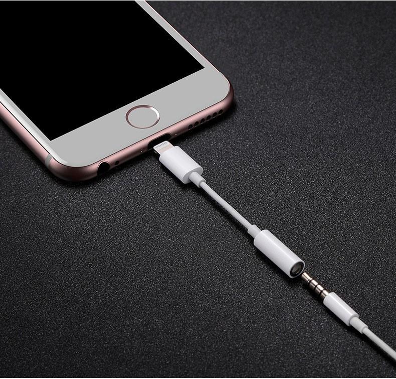 Cáp chuyển đổi tai nghe 3.5mm cho iphone có hỗ trợ đàm thoại