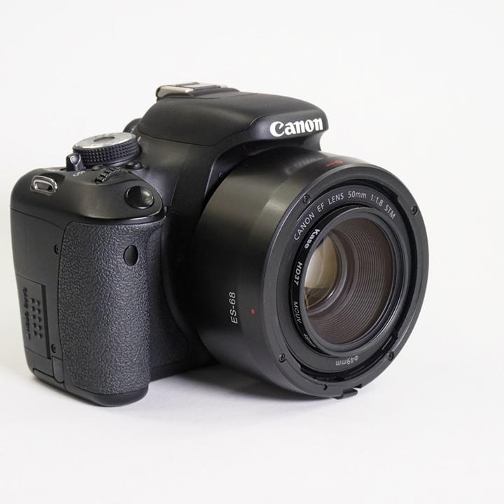 Lens hood loa che nắng ES-68 ống kính Canon 50 f 1.8 STM
