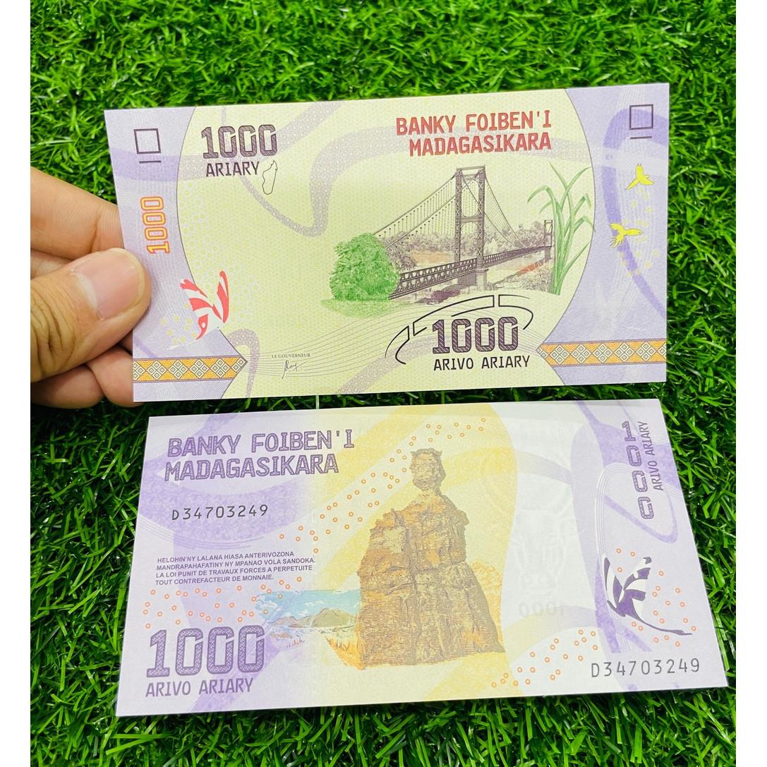 Tiền Madagascar 1000 Ariary, hình cây cầu, đảo quốc châu Phi, tặng túi nilon bảo quản - The Merrick Mint
