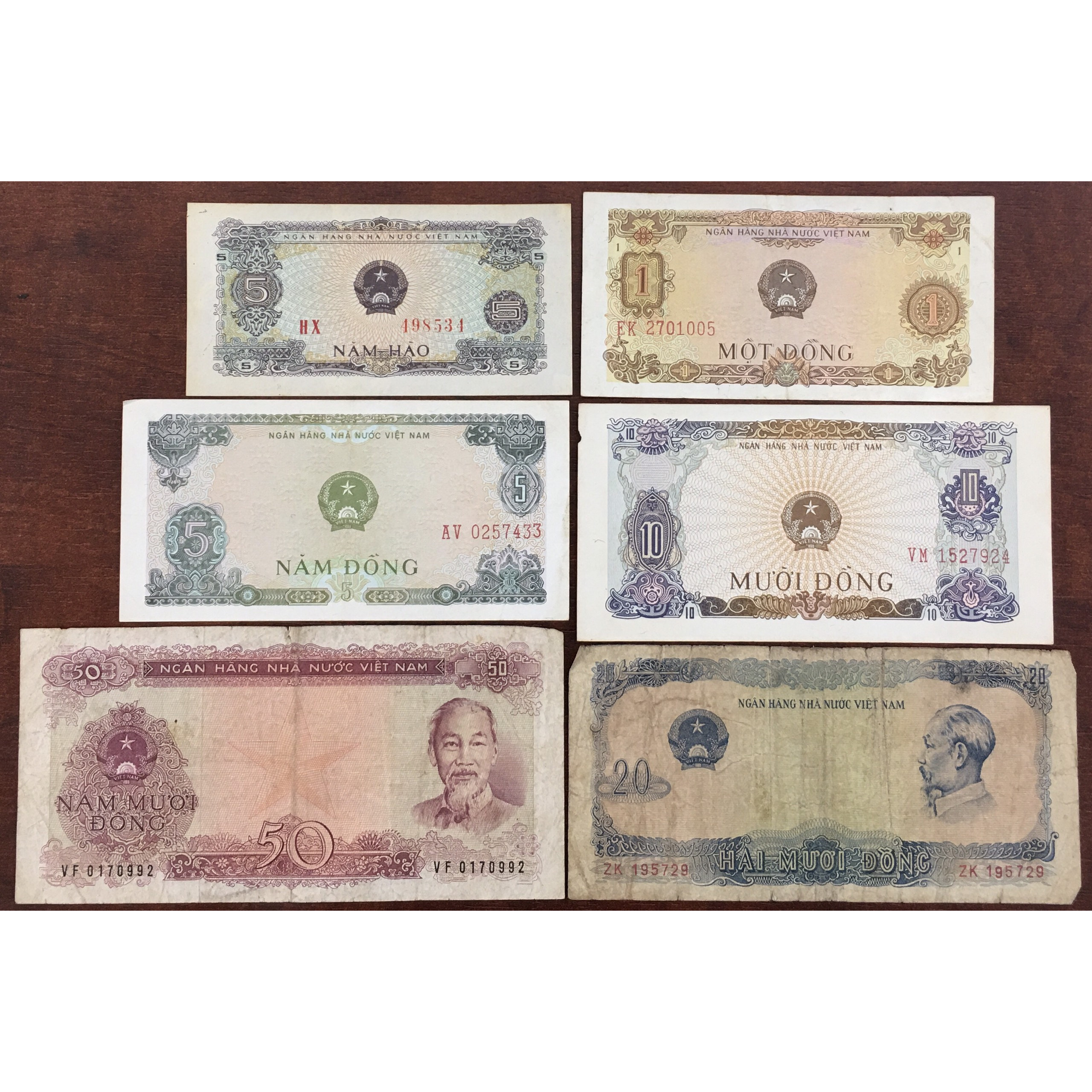 Bộ Tiền Xưa Việt Nam 1976 Đủ Bộ 6 Tờ + Tặng Kèm Móc Khóa Hình Tờ Tiền [Tiền Xưa Sưu Tầm]