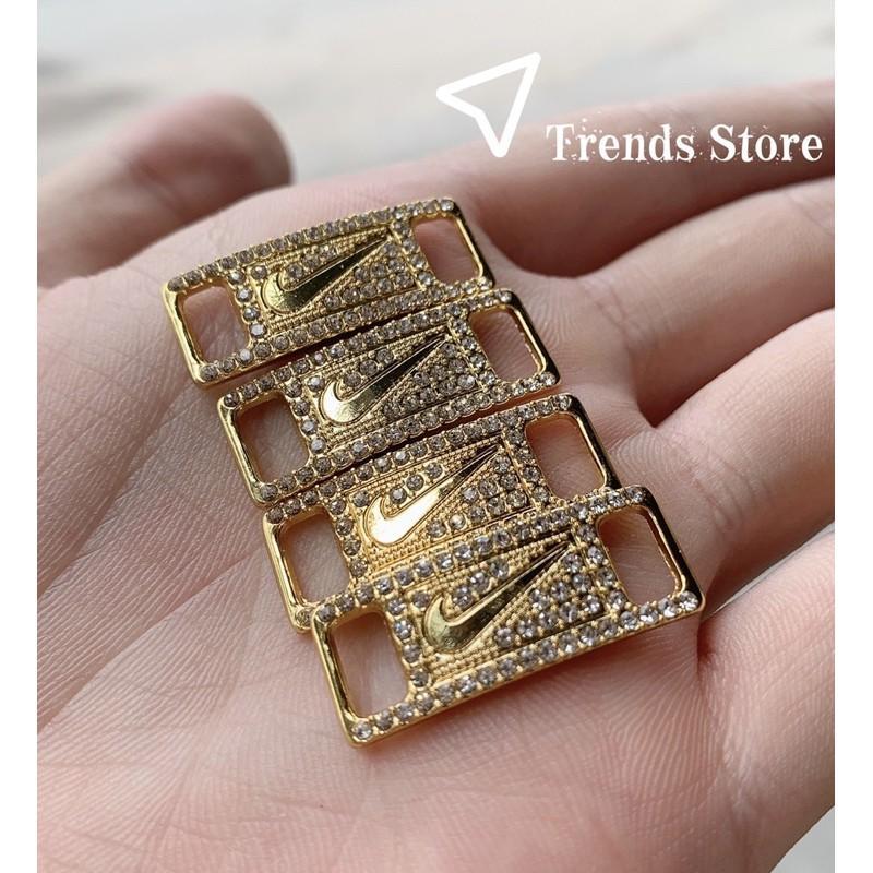 Lacetags Gold đính đá lấp lánh