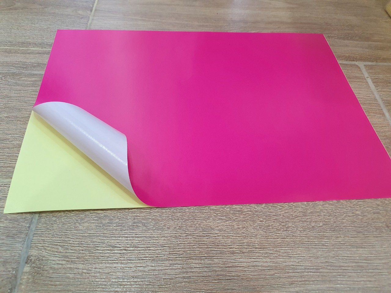 Decal PC màu Hồng
