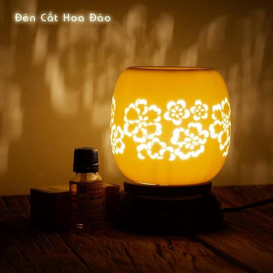 Đèn xông tinh dầu điêu khắc hình hoa mai Lasante DDK-05