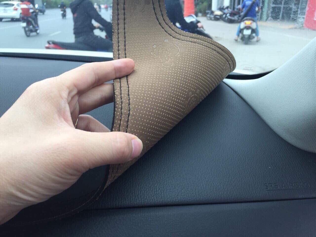 Thảm da Taplo vân carbon Cao cấp dành cho xe Hyundai Elantra
