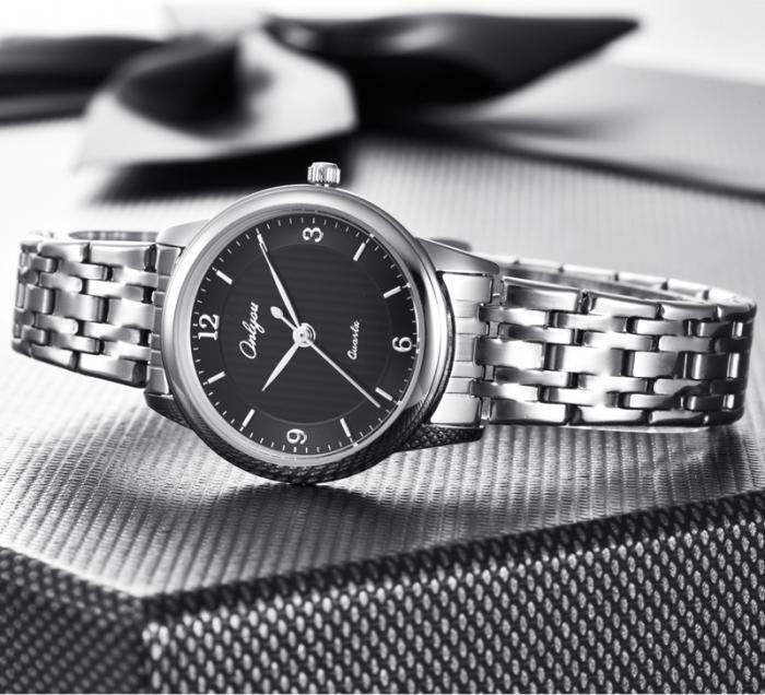 Đồng hồ Onlyou Nữ 8872LB Dây thép không gỉ 28mm
