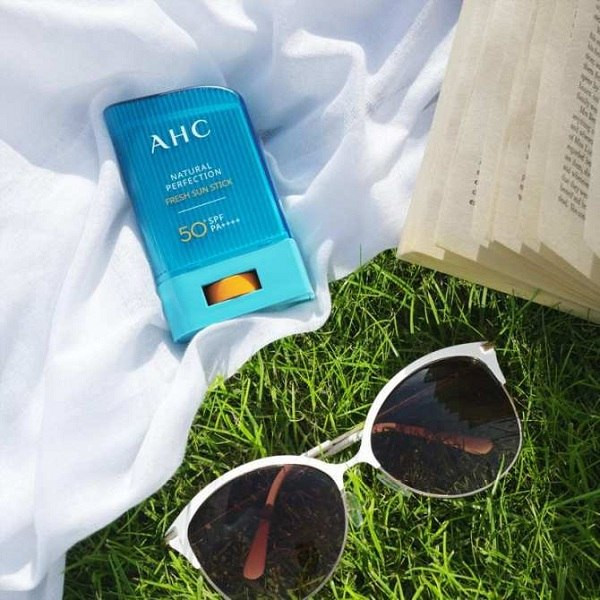 chong-nang-dang-thoi-AHC-Natural-Perfection-Fresh-Sun-Stick-4.jpg (600×600)