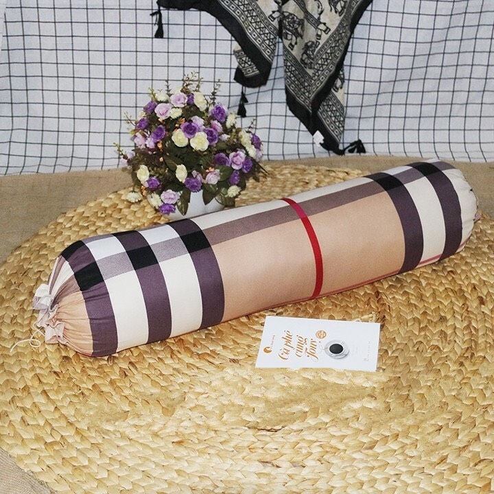 Gối ôm cotton poly kích thước 70x90cm (giao màu ngẫu nhiên)