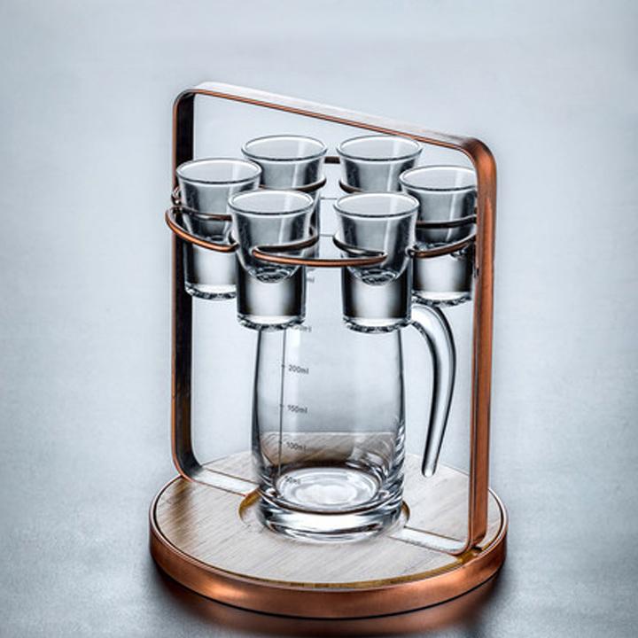 kệ để bình rượu nhỏ có giá treo ly