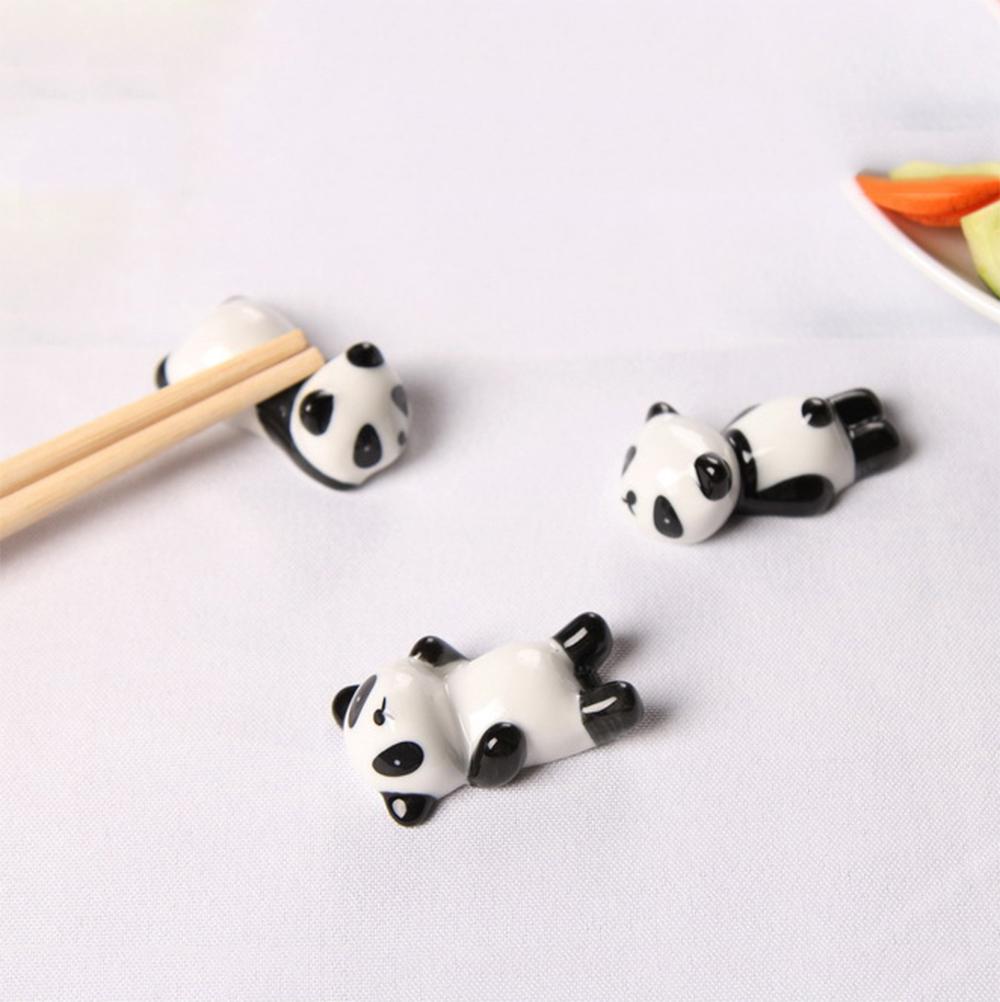 Combo 6 gác đũa bàn ăn gốm sứ hình gấu trúc (giao mẫu ngẫu nhiên không chọn mẫu)