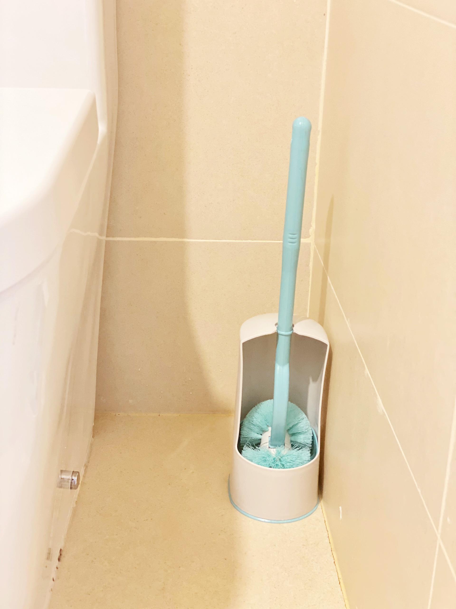 Cọ Toilet có đế đựng